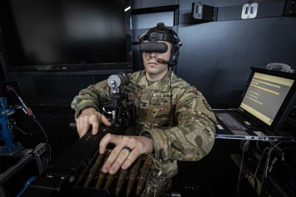 Даже виртуальное оружие надо перезаряжать