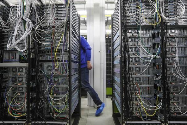 Персональные данные россиян будут хранить только в России