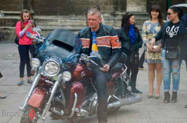 Швайка на мотоцикле