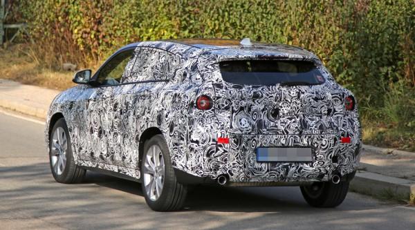 Прототип BMW X2 впервые заметили на тестах