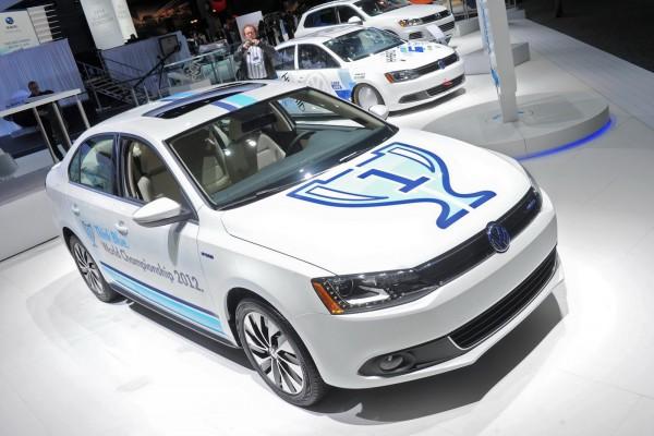 Гибридная Volkswagen Jetta расходует 5,2 литра бензина