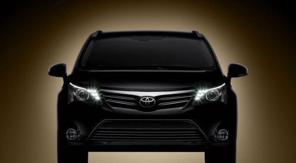 Новую Toyota Avensis представят уже на следующей неделе