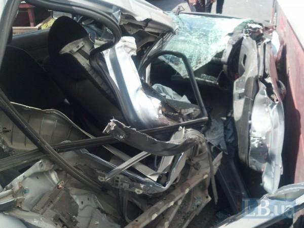 Mitsubishi попал в аварию