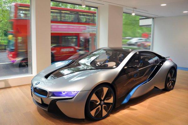 BMW i8 теперь можно полюбоваться всем желающим
