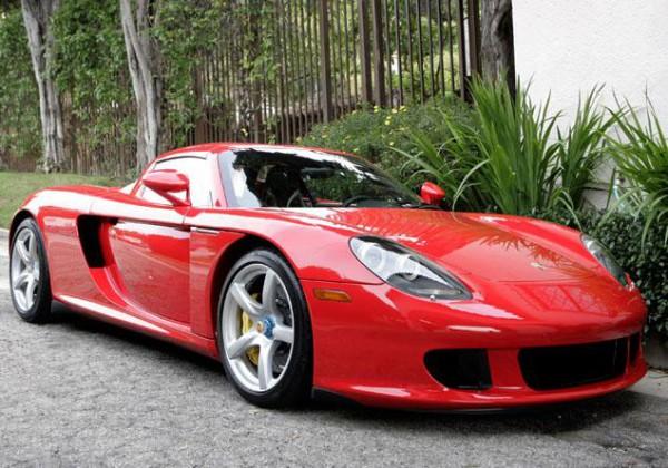 Пол Уокер был пассажиром Porsche Carrera GT