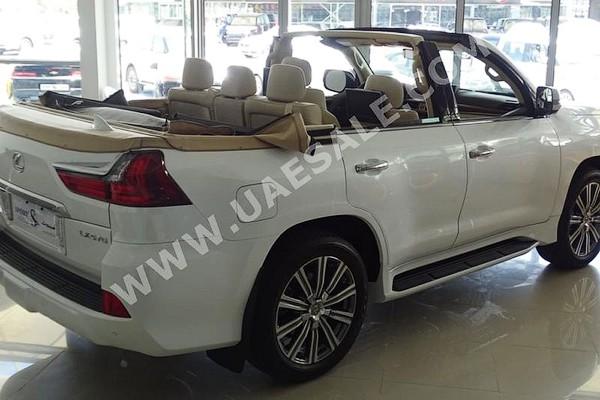 Арабы превратили Lexus LX в кабриолет