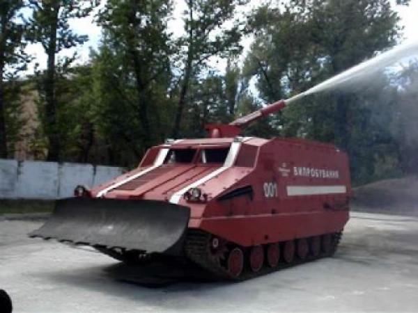 В Сватово прибыли пожарные танки