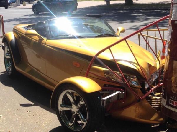 Авария Chrysler Prowler в Одессе