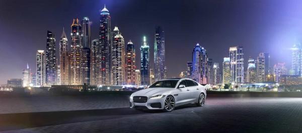 В Лондоне представили новый Jaguar XF