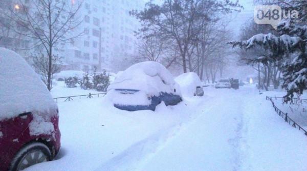 Одессу накрыло снегом