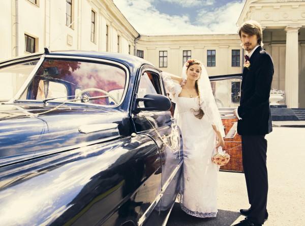 Какое авто выбрать для свадьбы: ТОП-10