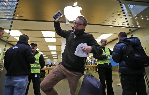 Новый iPhone будет доступен уже в сентябре