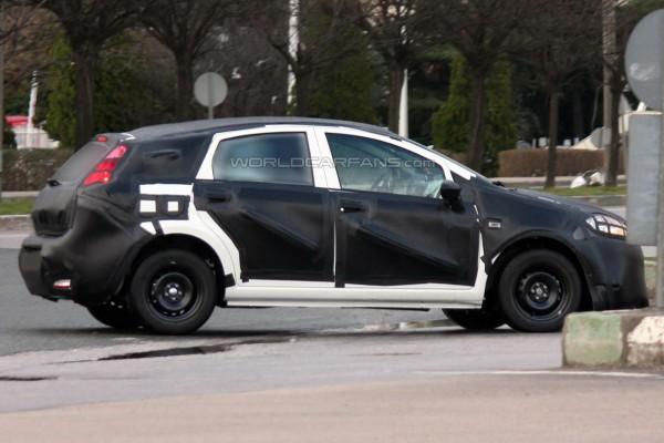 Новое поколение Fiat Bravo на тестах