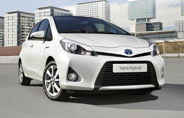 Toyota Yaris Hybrid оценили в 16 950 евро