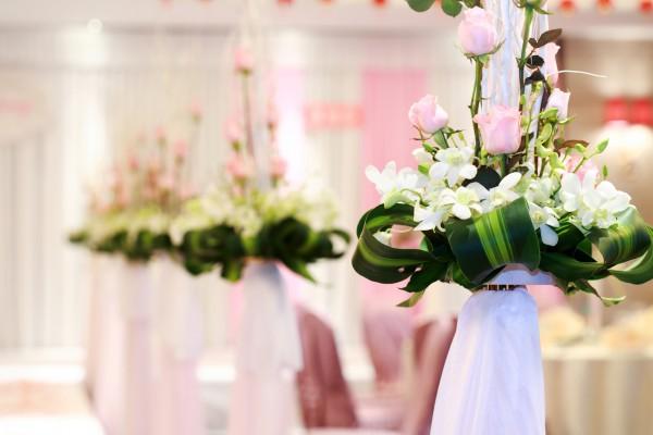 Флористика на свадьбе: что выбрать