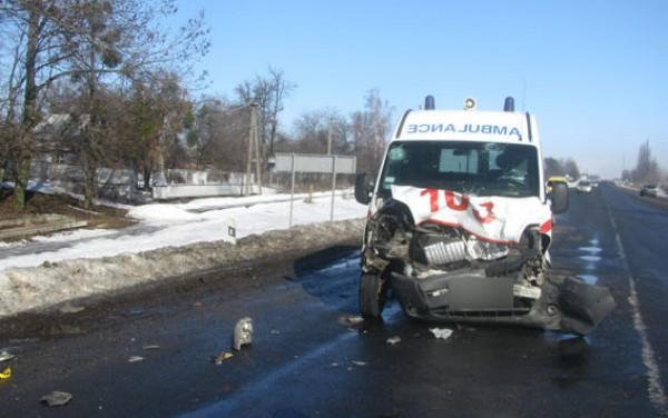 На Полтавщине скорая попала в аварию
