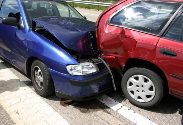 Милиционер устроил аварию