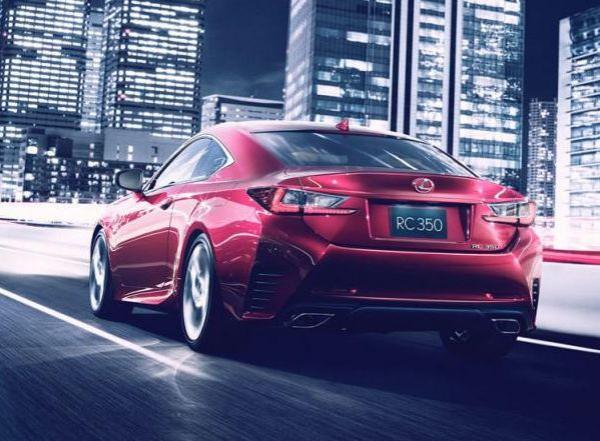 Серийная версия Lexus RC должна появиться уже в третьем квартале 2014 года.