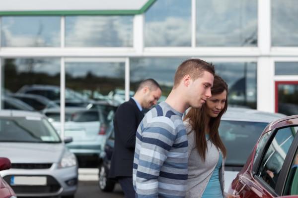 Какие документы предусмотрены при покупке нового автомобиля