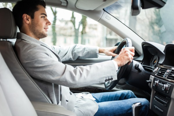 Как избежать аварии начинающему водителю