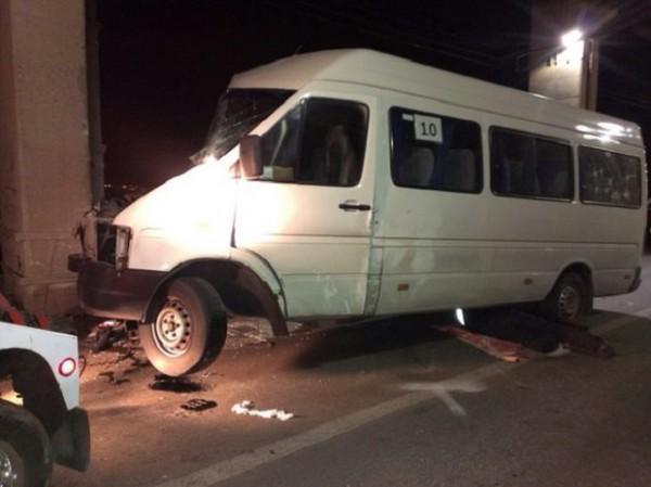 Авария маршрутки в Запорожье
