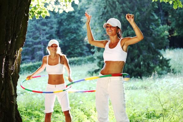 Как похудеть на талии с помощью обруча