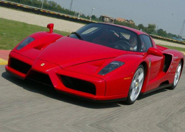 5. Ferrari F70 –$870 000 (на фото Enzo)