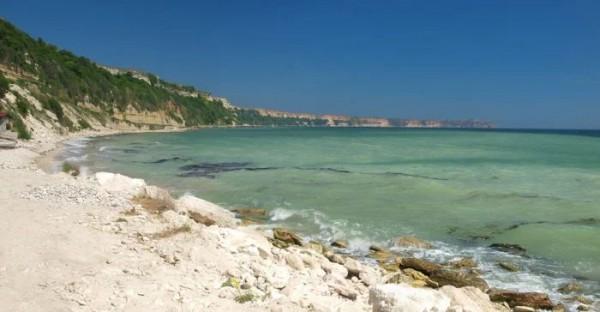 Скалы с видом на Черное море на мысе Калиакра, Болгария, являются одними из немногих остатков древнего мегаозера.