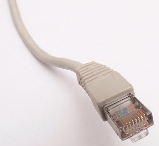 Провод c коннектором Ethernet