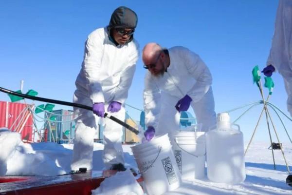 Бурильные работы в Антарктиде