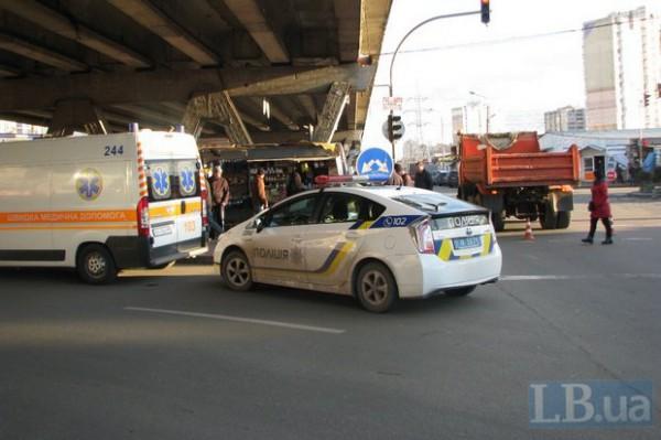Под колесами грузовика погибла пожилая женщина