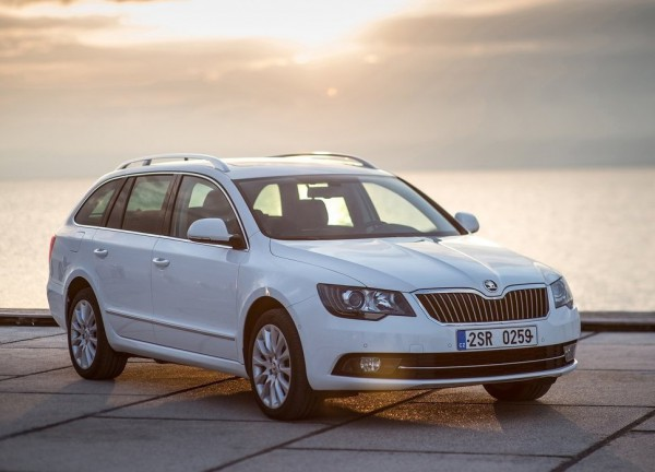 Skoda Superb Combi FL
