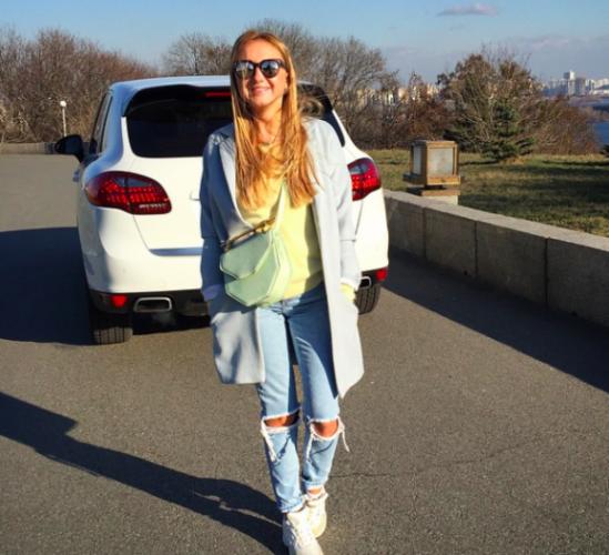 Анастасия Ершова и ее авто