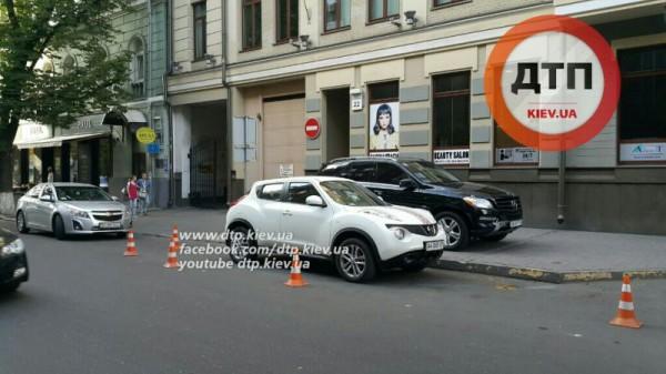 Место аварии с ребенком в Киеве