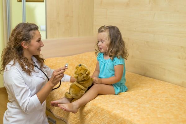 Как бороться с заиканием у ребенка