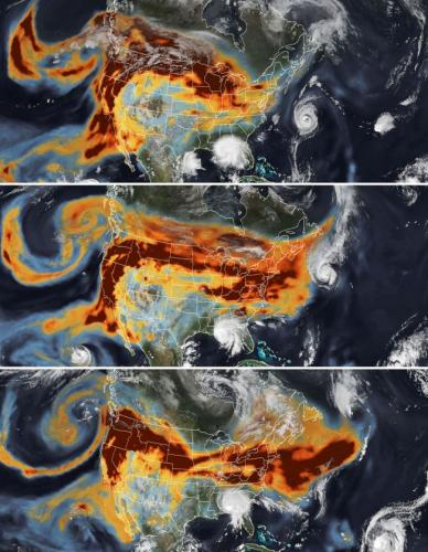 Три спутниковые карты от 14 (вверху), 15 и 16 сентября показывают гигантский шлейф дыма от лесных пожаров Западного побережья, проходящих мимо ураганов на побережье Мексиканского залива и восточном побережье
