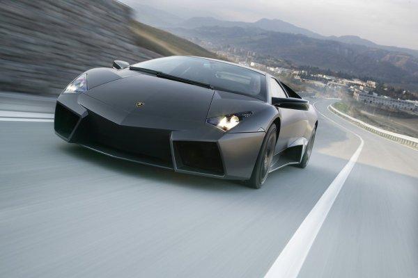 1. Автомобиль Lamborghini Reventon (18 млн. 192 тыс. грн)