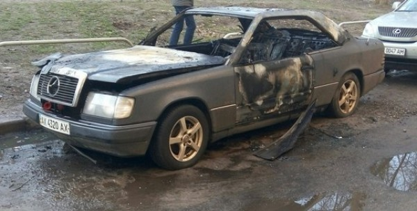 От огня пострадали салон и моторный отсек