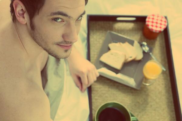 Просыпаясь пораньше, появляется время приготовить здоровый завтрак
