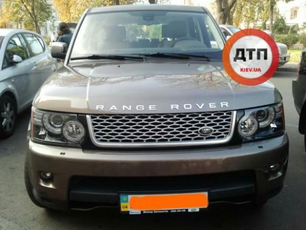 В Киеве пропал Range Rover