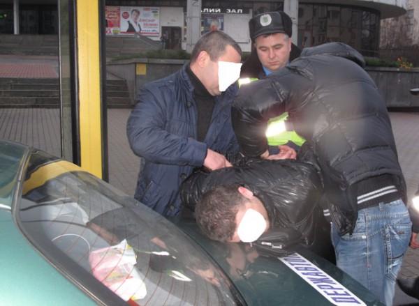 Задержанные - жители Харькова. Один из них уже имел судимость