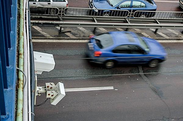 Камера Huawei на улице Телиги может запечатлеть четыре разных нарушения ПДД