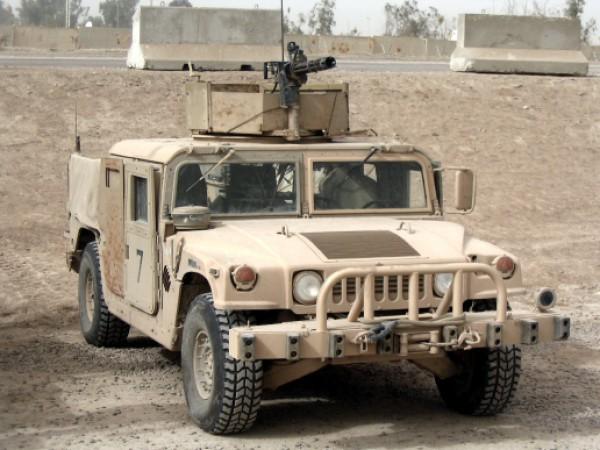 Военные отмечают подвеску Humvee