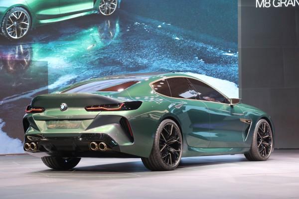 Заряженная BMW M8