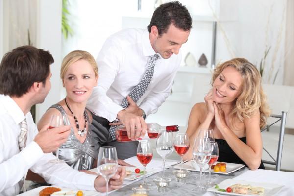 Как правильно принять гостей