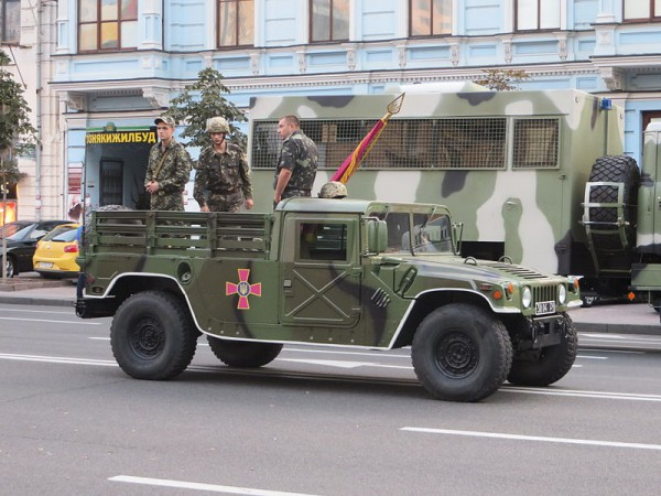 Один из украинских Hummer