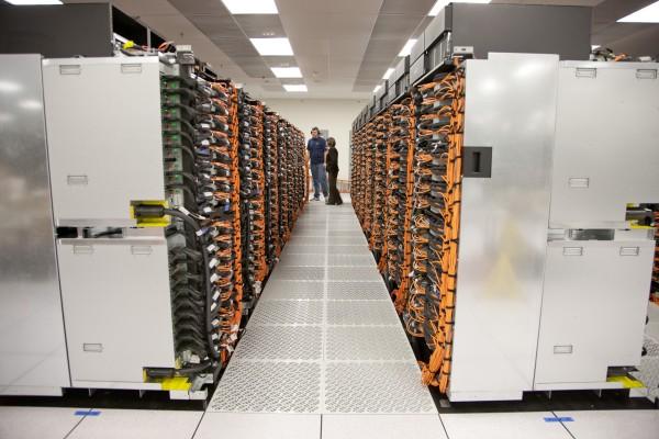 Самый мощный компьютер создают в США
