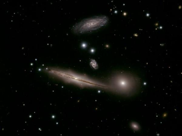 Галактическая группа HCG 87