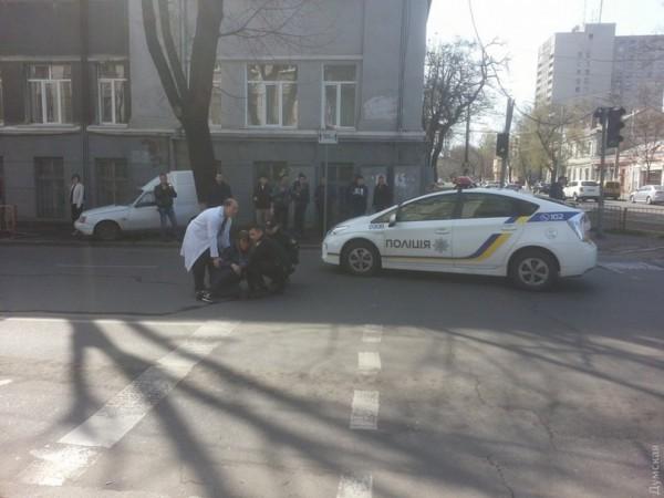 Путрульные сбили женщину в Одессе