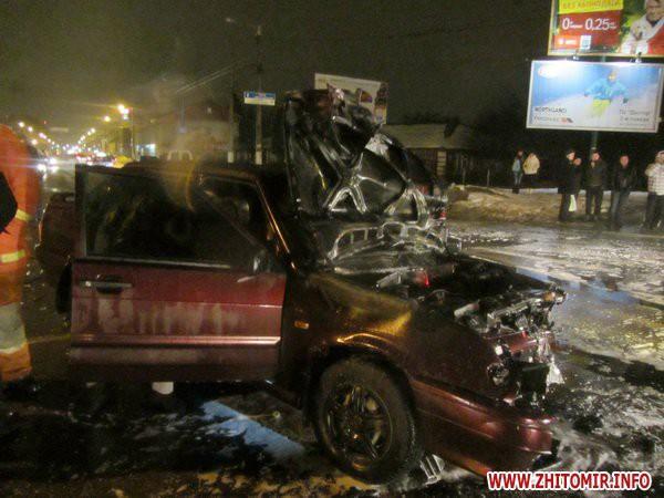 ВАЗ врезался в автомобиль ГАИ
